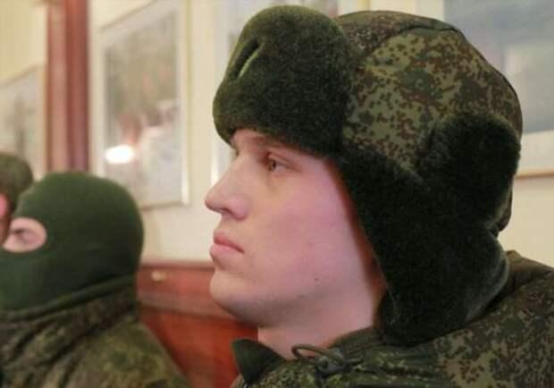 Для чего на новых шапках-ушанках для армии нужны странные вторые «ушки»