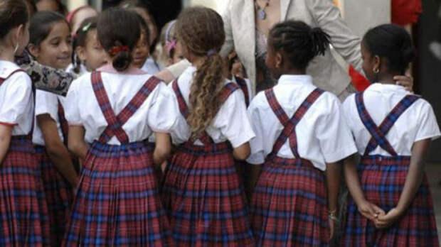7 причин не покупать школьную форму ребенку никогда