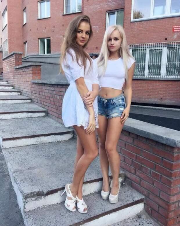 Девушки из соцсетей