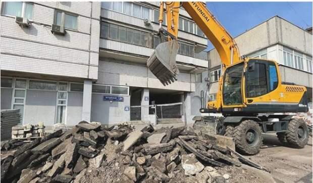 На Бутырской улице началось упорядочение парковочного пространства