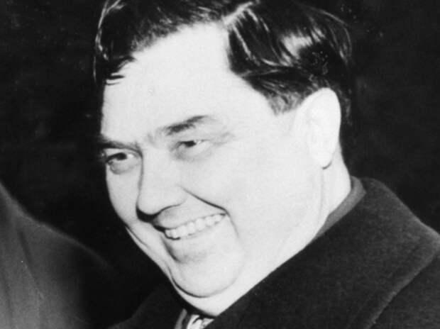 Георгий Маленков. Его предки по отцу происходили из рода известных македонских священников города Охрид