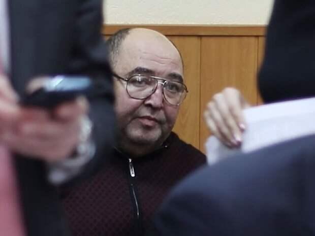 Суд продлил арест бывшему сенатору Борису Шпигелю
