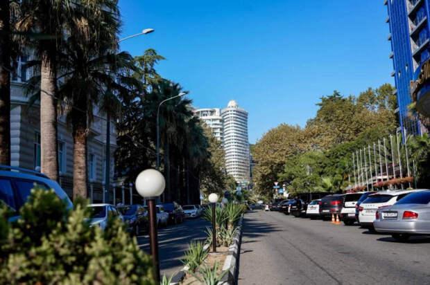В Сочи появятся платные парковки более чем на две тысячи автомобилей
