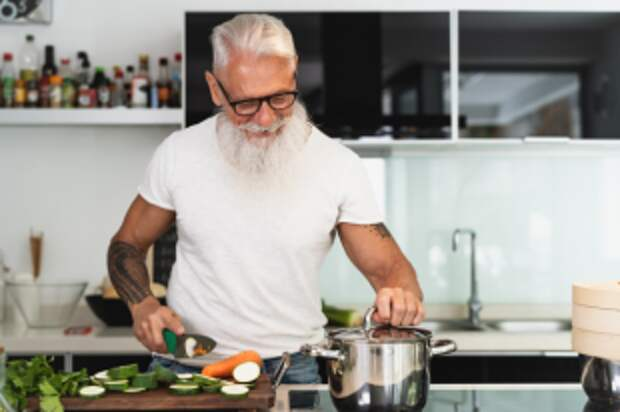 Стоит ли людям в возрасте становится вегетарианцами?