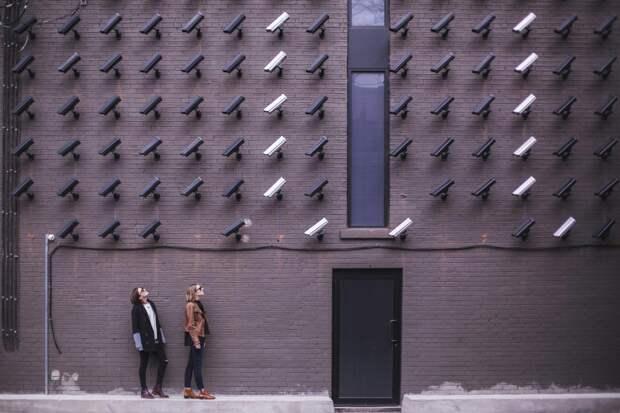 Система распознавания лиц на 105 тысяч видеокамер заработала в Москве