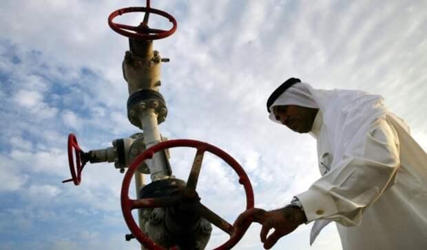 Эр-Рияд начал дополнительное сокращение добычи нефти врамках сделки ОПЕК+