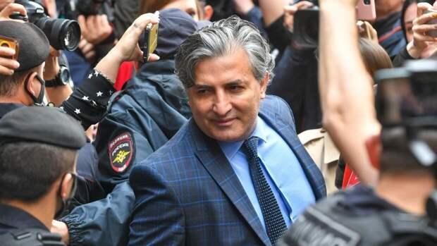 Стало известно, сколько адвокат Эльман Пашаев заработал на Ефремове
