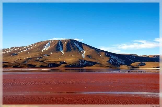 Кровавая лагуна в Боливии