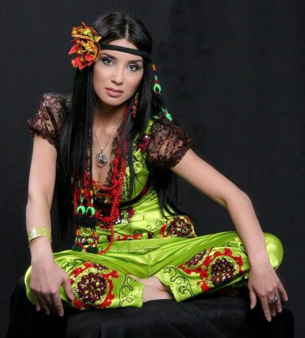 Лайло Галиева - красивая узбечка. фото