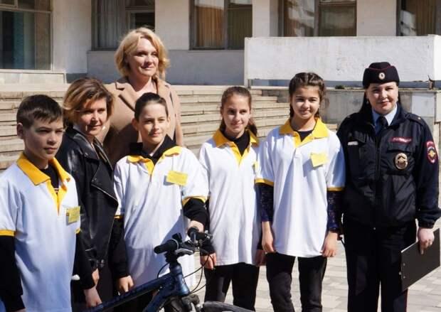 В Керчи прошел городской конкурс отрядов юных инспекторов движения «Безопасное колесо»