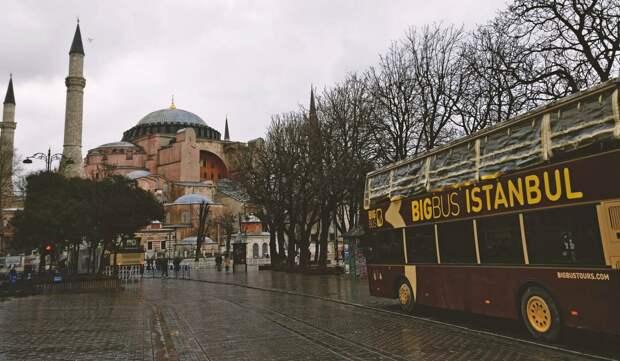 Россияне потратили 30 млрд руб на путевки в закрытую Турцию