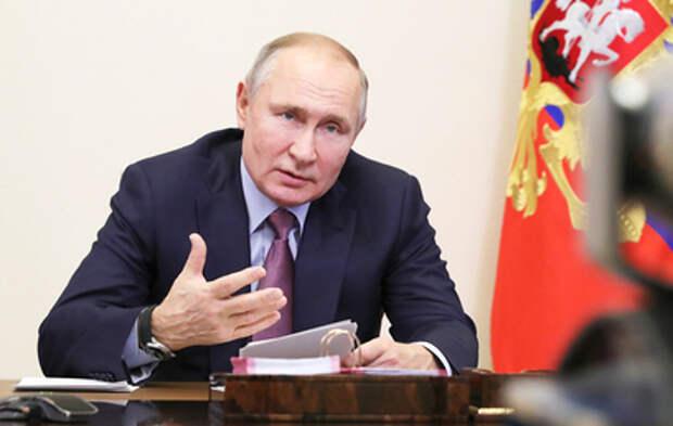 """""""Не допустим ударов по суверенитету"""": главное из встречи Путина с лидерами фракций ГД"""