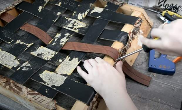 Простейшая реставрация старого советского кресла
