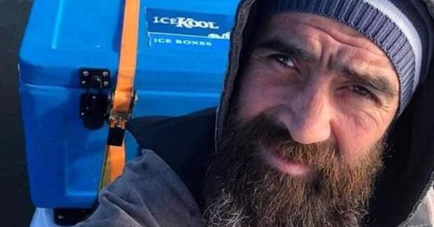 Австралийский рыбак, унесенный накаяке вокеан, снял навидео свои последние минуты