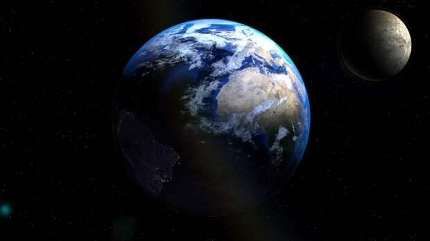 Орбита Луны теперь находится в атмосфере Земли