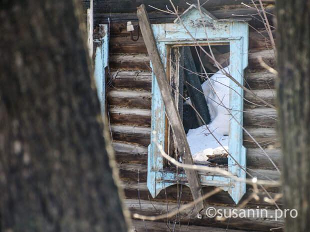 Ижевчане просят снести опасные заброшенные бараки