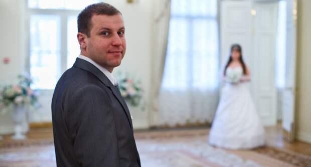 Блог Павла Аксенова. Анекдоты от Пафнутия. Фото antiksu - Depositphotos