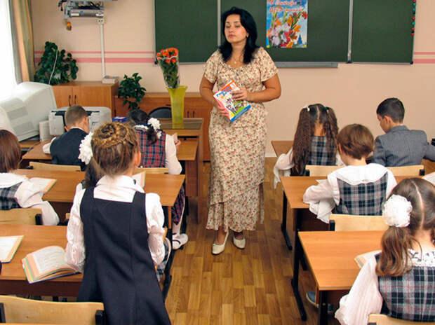 Обсуждая зарплату учителей, депутаты сорвались на крик