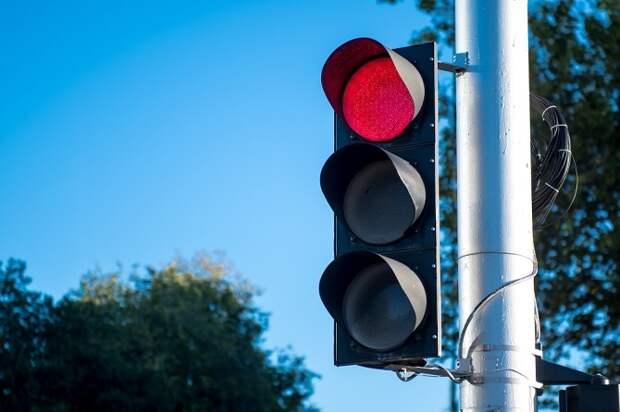На пересечении Калинина и Чкалова в Краснодаре отключили светофоры