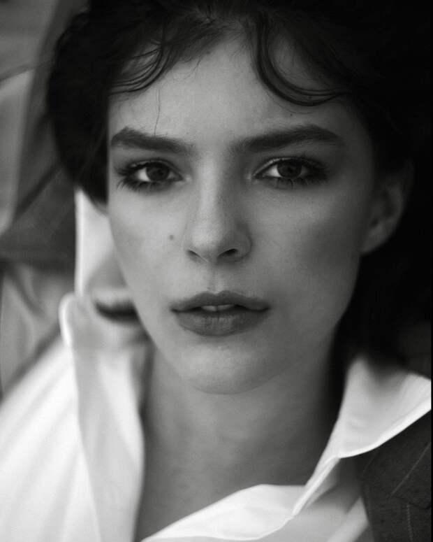 Юлия Снигирь поделилась фотографиями старшей дочери Евгения Цыганова и Ирины Леоновой