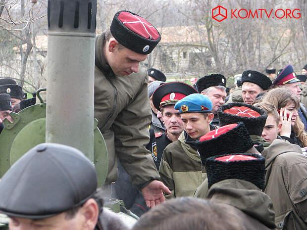 Крымские казаки собрались в Симферополе за Веру, Путина и Отечество
