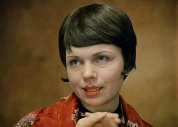 Валентина Теличкина в фильме «Не может быть!» (1975)