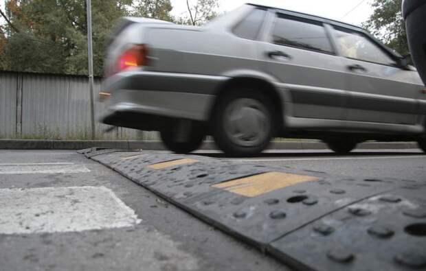 Основные ошибки водителей при проезде через «лежачий полицейский»