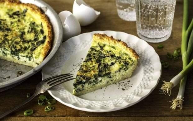 Пирог фета со шпинатом в цветной капусте.