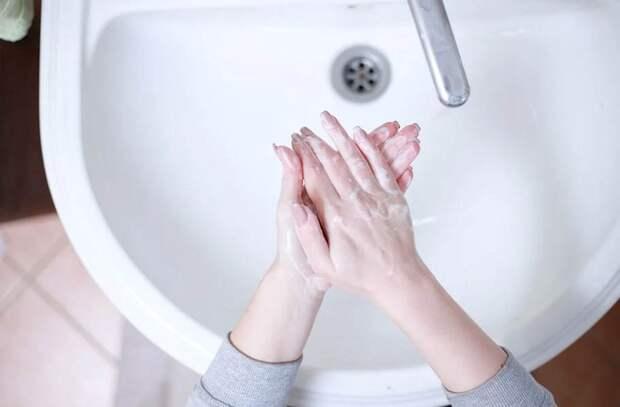 Названо условие, при котором отменят перчаточный режим в Подмосковье