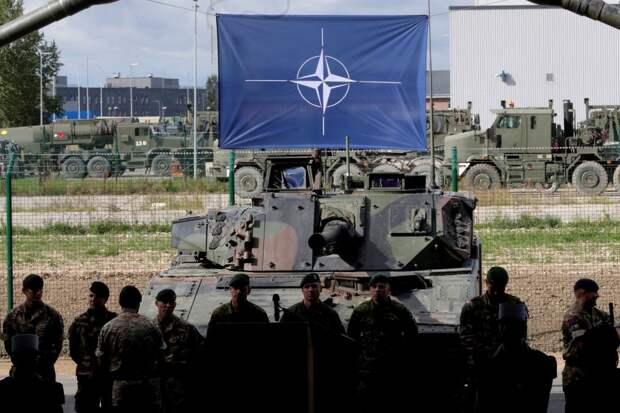 В Генштабе ВС Белоруссии заявили о развитии военной инфраструктуры НАТО у границ страны