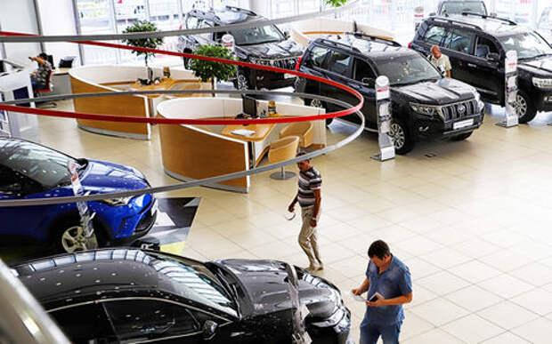 Замедленное падение: мы покупаем все меньше автомобилей