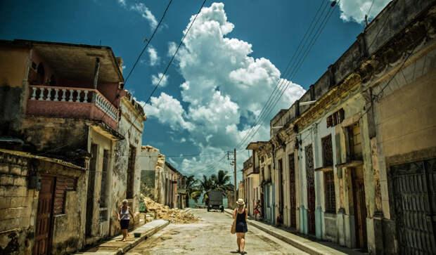 Александр Роджерс: Протесты на Кубе и их освещение в российских СМИ
