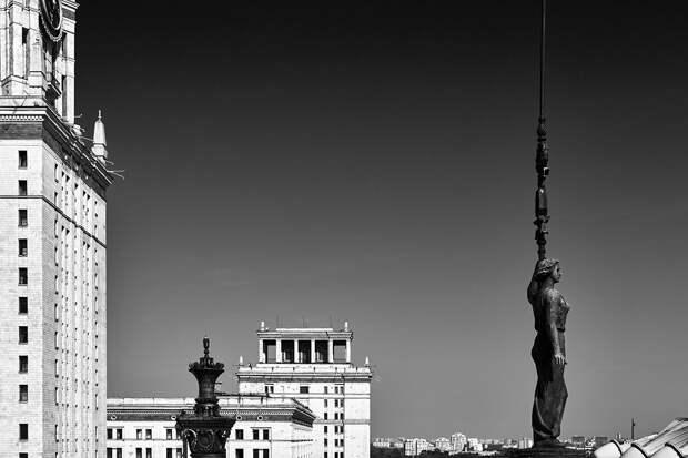Архитектурные шедевры сталинского ампира в деталях (ФОТО)