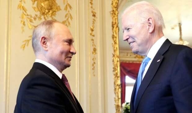 Проработка новых санкций ЕС может быть связана с активностью Волкова и Милова