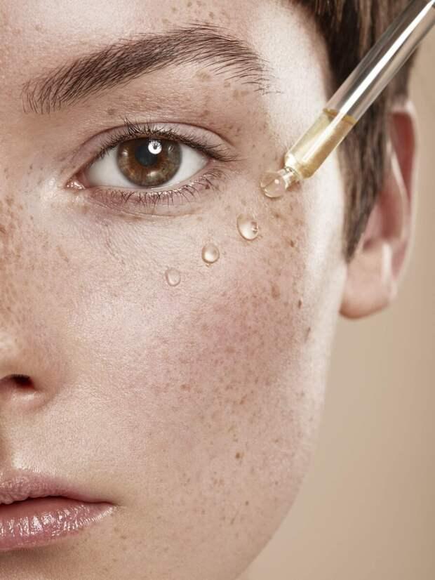 Какая косметика обязательно должна быть в уходе за возрастной кожей