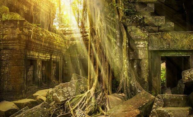 Фермер копал канал на своем поле и случайно наткнулся на затерянный город возрастом 4000 лет