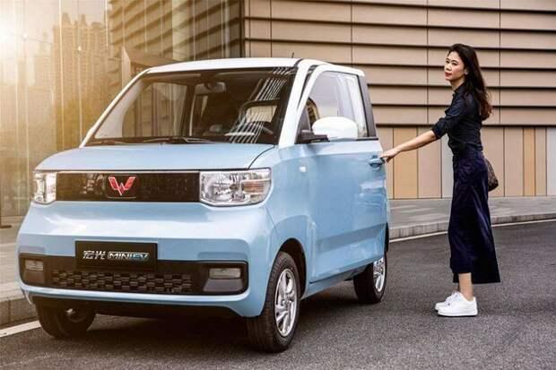 Hongguang Mini ev 丨 Он изменил всю отрасль «Народный самокат»