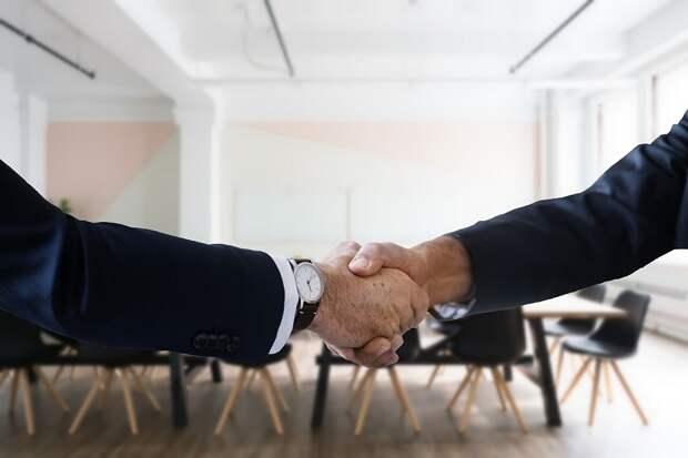 Сбербанк заключил сделку с Мамутом и стал собственником Rambler
