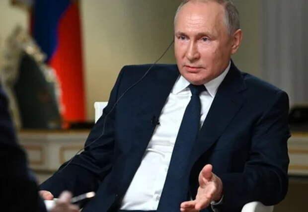 «Хам! Возомнил себя посланником бога?» — журналист NBС разозлил Россию
