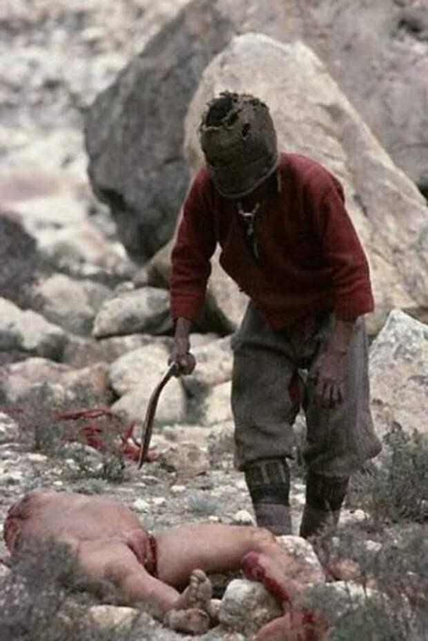 Жесть » Тибетское кладбище 18+