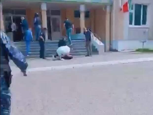 Мурашко: С эвакуацией пострадавших при стрельбе в школе Казани определимся к утру