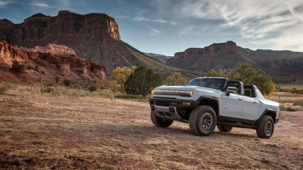 GMC Hummer EV показал себя как 1000-сильный, 350-мильный, быстро заряжающийся ЗВЕРЬ!