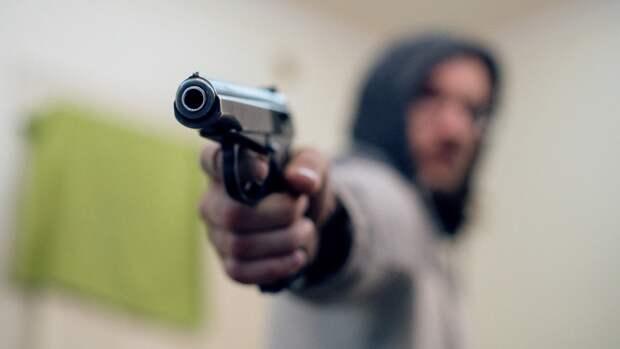 Стрельба Крисевича из охолощенного пистолета обеспокоила людей на Красной площади
