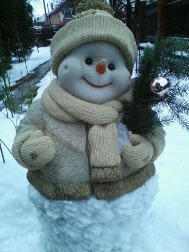 Как вам снеговик?