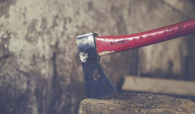 Топором избили посетителя монастыря вРостовской области
