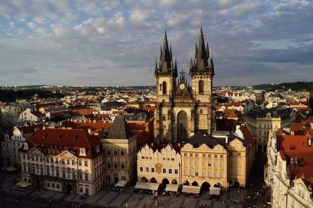 Ультиматум Чехии: Прага готовится разорвать договор о дружбе с Москвой и выслать 60 дипломатов