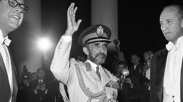 Убит «Черным Сталиным»: как погиб император Хайле Селассие