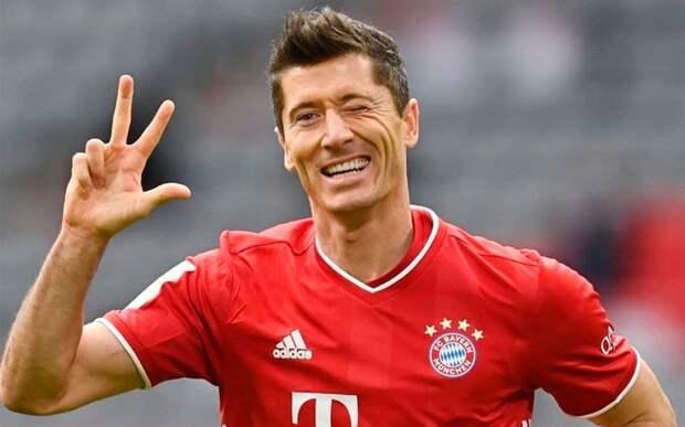 Левандовски побил рекорд Мюллера по голам за первую половину сезона в Бундеслиге