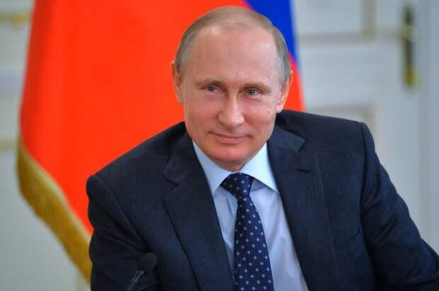 Путин объяснил падение доходов россиян