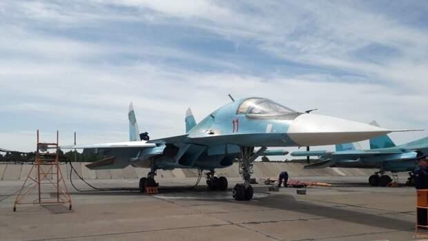 Американский сенатор оконфузилась, поздравив ВВС США картинкой с российским Су-34